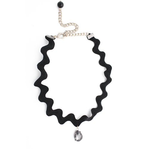 Wave Line Chocker Necklace